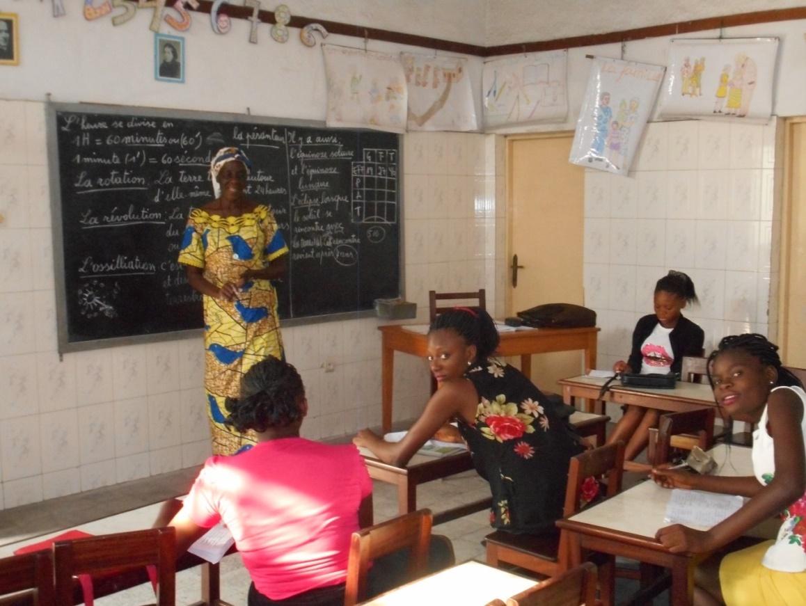 Centre-de-Femmes-Marie-de-Jesus-cours-de-lingala