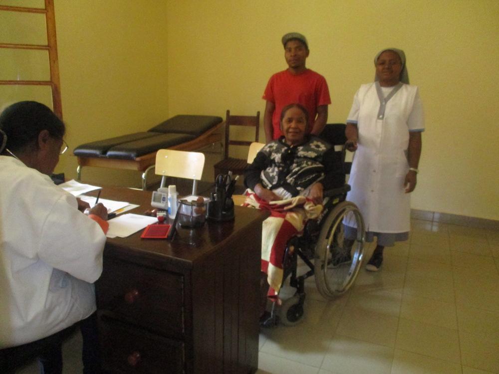Centre de soin-Ampopoka-Madagascar-accueil
